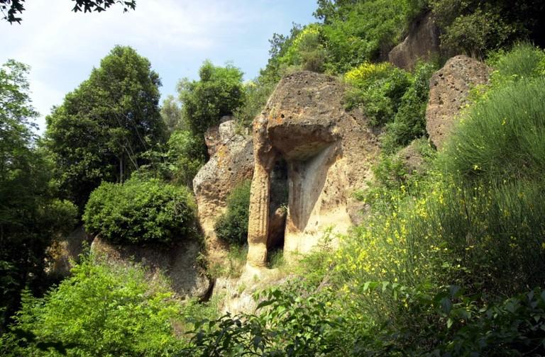 Alla scoperta della necropoli di Sovana